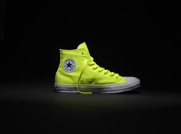 Chuck Taylor All Star II Volt - Right with Logo