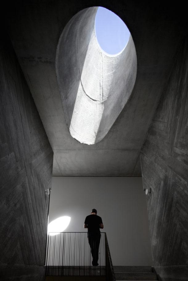 casa-do-conto-pedra-liquida-fgsg-architectural-photography-cidade-na-ponta-dos-dedos-sancha-trindade6