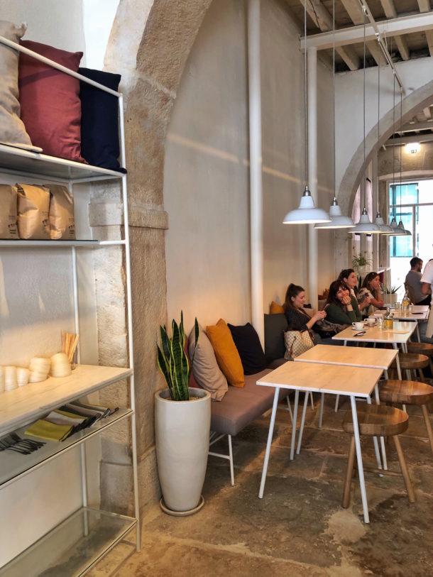 comoba-cafe-lisboa-a-cidade-na-ponta-dos-dedos-de-sancha-trindade8