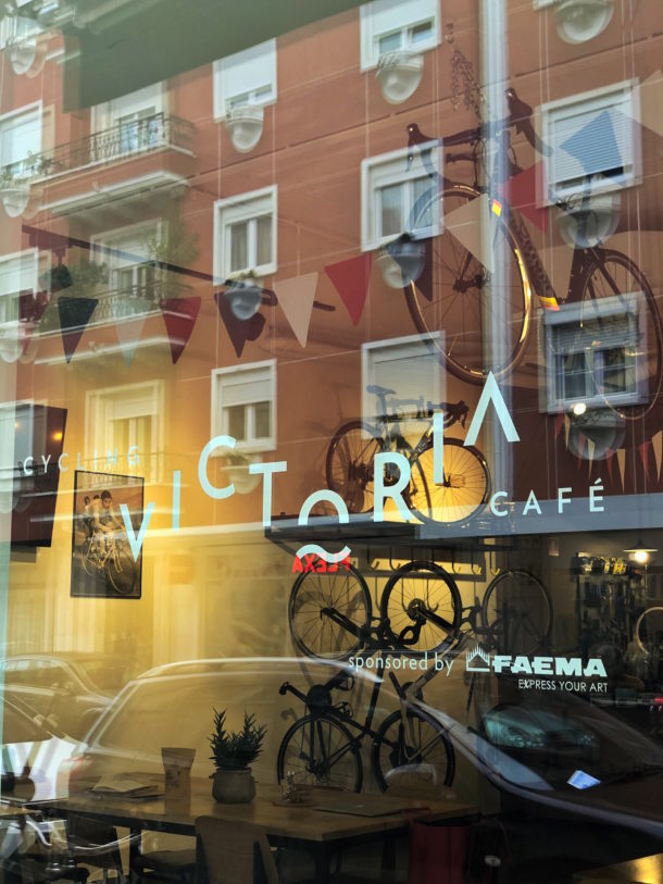 victoria-cycling-cafe-a-cidade-na-ponta-dos-dedos-de-sancha-trindade13