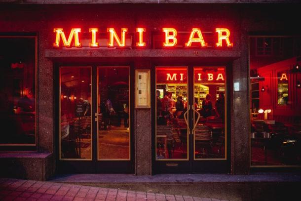 mini-bar-porto-a-cidade-na-ponta-dos-dedos-de-sancha-trindade3